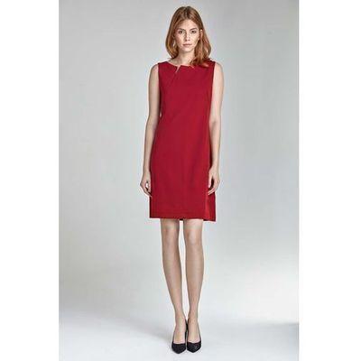08183d2723 Czerwona mini sukienka z rozcięciem przy dekolcie bez rękawów marki Nife