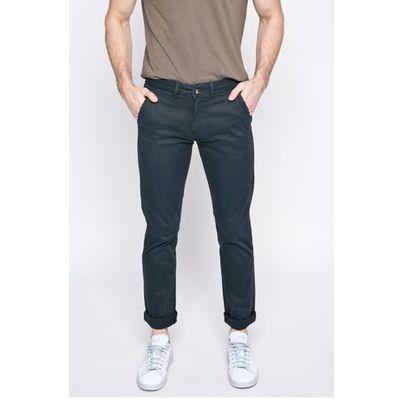 spodnie marki Pepe jeans