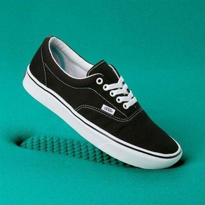 Buty comfycush era (classic) blacktrue whit (vne) rozmiar: 44.5, Vans