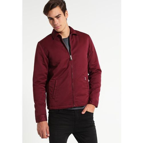 Куртки Carhartt