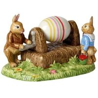 """Ozdoby świąteczne, Villeroy & Boch - Bunny Tales Figurka porcelanowa """"Króliczki malujące pisankę"""""""