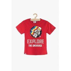T-Shirt chłopięcy czerwony LEGO 2I38A8 Oferta ważna tylko do 2023-03-16