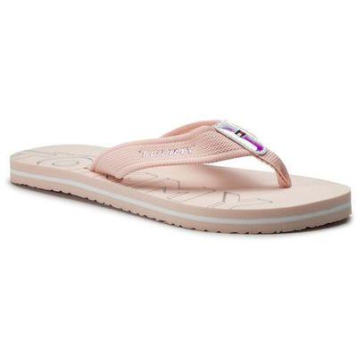 29c837a577f7d Japonki TOMMY HILFIGER - Iridescent Detail Beach Sandal FW0FW04236 Silver  Peony 658, w 7 rozmiarach