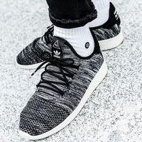 Damskie obuwie sportowe, adidas Originals Pharrell Williams Tennis Hu (CQ2630)