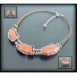 Oryginalny naszyjnik z różowymi kamieniami - różowy