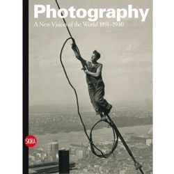 Photography: A New Vision of the World 1891-1940 (opr. twarda)