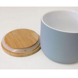 Pojemnik ceramiczny pokryty silikonem