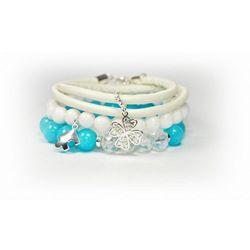Bransoletki z białych i niebieskich kamieni z koniczynką